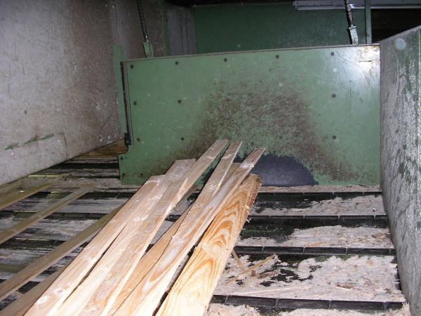 SLAB SL030-300对木材的冲击保护